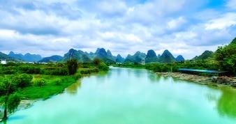 Amanhecer terra panorâmico paisagem verde natural