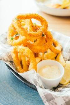 Anel de calamares fritos