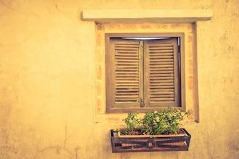 Arquitectura típica italiana velha estreita