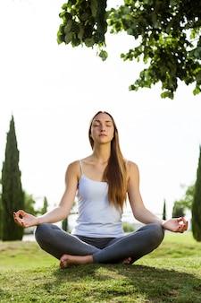 Atividade yoga recreação lotus flexível