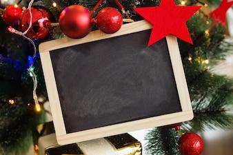 Blackboard com decorações do Natal
