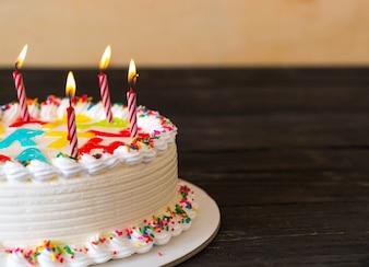 Bolo feliz aniversario