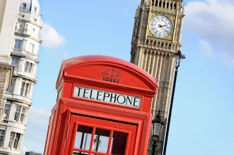 Caixa de telefone vermelho e Big Ben em Londres