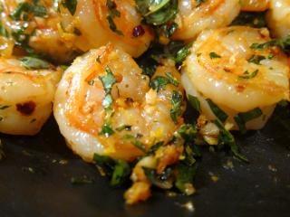 camarão alho pimentão pan
