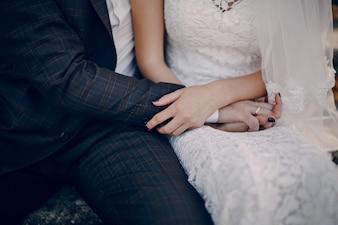 Casal Mãos tocantes