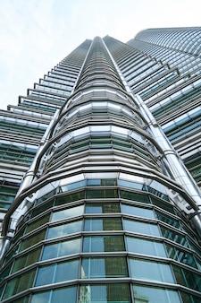 Centro da cidade de trabalho de construção Petronas urbanas