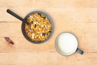 Cereais e leite