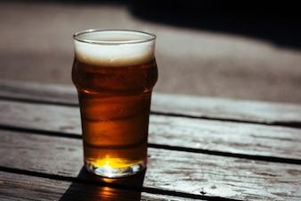 Cerveja espumosa