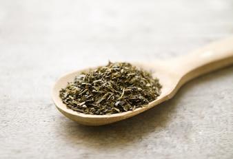 Chá alimento colorido de madeira exótica