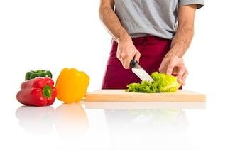 Chef cortar alface