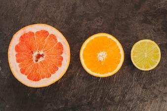 Composição minimalista de citrinos