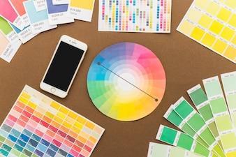 Conceito de criatividade com smartphone