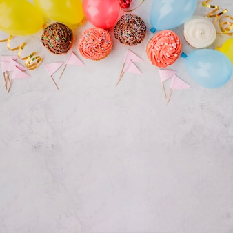 Decorações de aniversario em linha