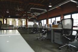 Dentro do escritório
