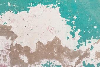 Descascando a pintura verde