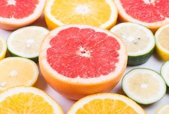 Diferente do corte de citros em hald