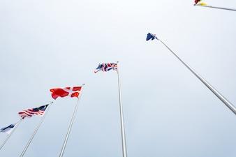 Diferentes bandeiras do mundo