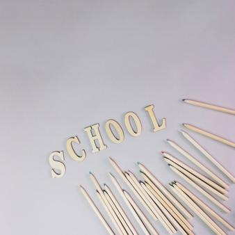 Escrita escolar e lápis