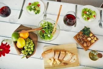 Faca de pão vinho cozinha tigela