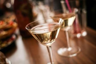 Festa de comemoração com champanhe