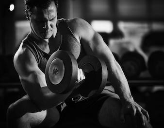 Fortalecer a aptidão desportiva homem adulto