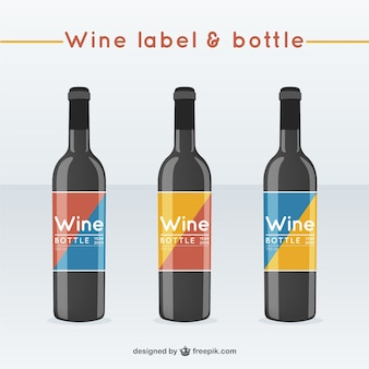 Garrafas de vinho com rótulos