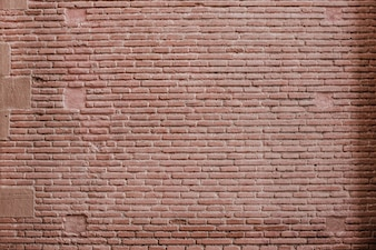 Grande parede de tijolos vermelhos
