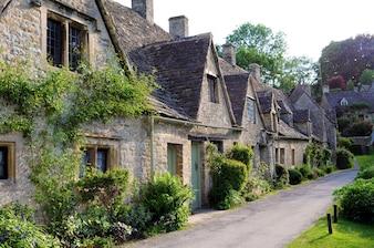 Inglês aldeia de Cotswolds