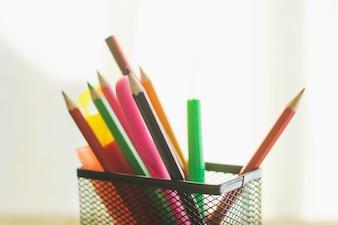 Lápis no organizador