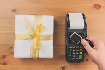 Leitor de cartões de crédito e de presente