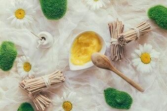 Manteiga de karité e cachos de palitos