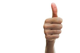 Mão com gesto de sucesso