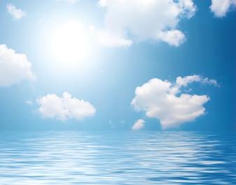 Mar com nuvens