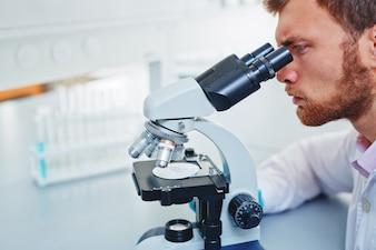 Medicina ciência vírus adulto bioquímica