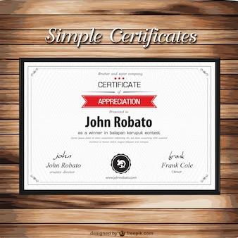 Modelo de certificado na textura de madeira