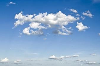 Nuvens do céu monção
