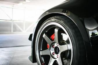 Os pneus novos