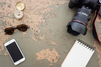 Ótima composição com grande variedade de artigos de viagem