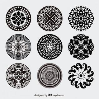 Pacote vector ornamentos arredondadas do vintage
