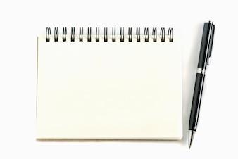 Página direita do caderno de papel antigo com caneta