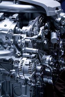 Poluição alternativa do carro mecânico caro