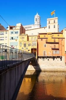 Ponte sobre o rio Onyar. Girona