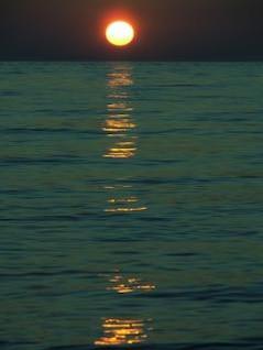 pôr do sol, ondas
