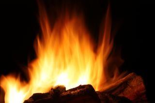 Queima noite fogueira