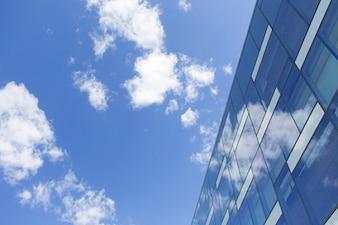 Reflexões sobre a fachada