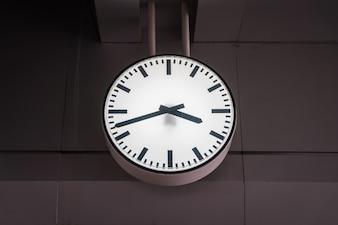 Relógio antigo de idade.