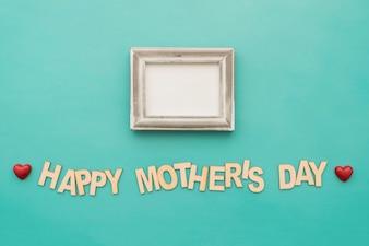 """Rotulação do """"dia feliz mãe"""" com quadro e corações"""