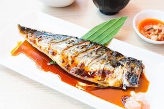 Saborosa comida asiática grade refeição