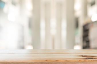 Secretária de madeira com decoração abstrata abstrata da sala de estar interior para o fundo