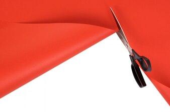 Tesoura fundo de papel vermelho corte
